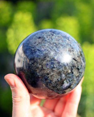 Iolite Sphere | 1114 grams 91mm diameter