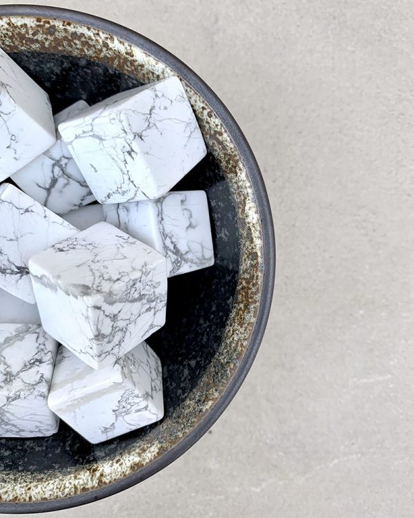 Howlite Cube – Small Size